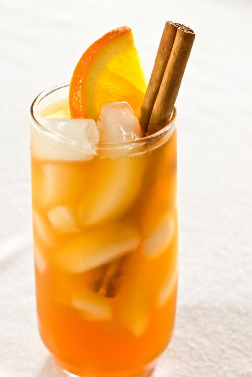 Cinnamon-Spiced-Iced-Tea-500x749