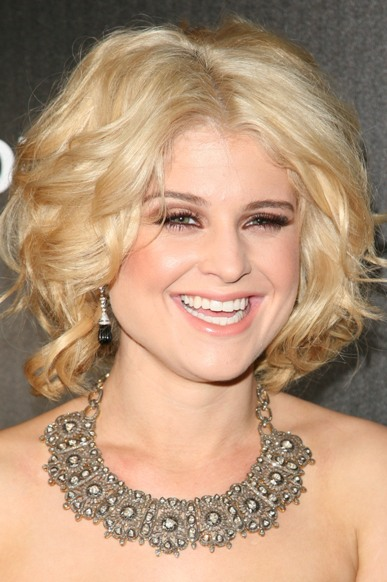 kelly-osbourne-hairstyle1