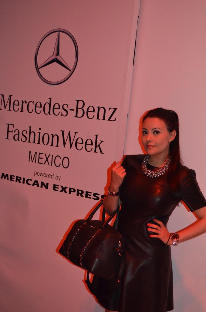 1mercedes-benz-fashion-week-look2