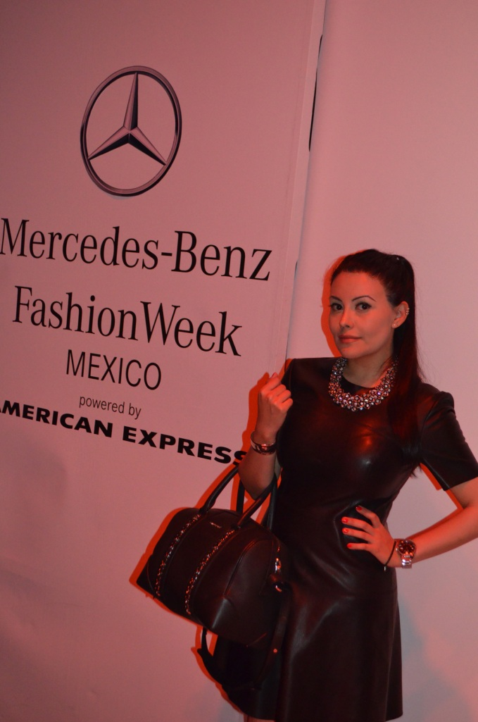 1mercedes-benz-fashion-week-look2