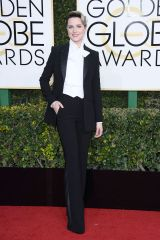 hbz-the-list-golden-globes-best-dressed-evan-rachel-wood
