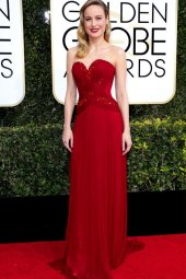 large_fustany-fashion-golden_globes_red_carpet_2017-brie_larson